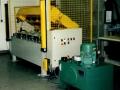 Retainerpresse zum Einpressen von Retainern in Hartfaserplatten